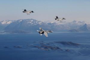 Arctic Challenge 2015 ilmavoimat lentotoimintaharjoitus sotilaslentokone Hornet hävittäjä tunturit