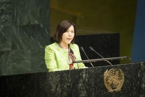 Yoko Hayashi, ordförande i FN:s kommitté för avskaffande av diskriminering av kvinnor (CEDAW) i New York 14 mars 2016. Foto: UN Photo/Loey Felipe