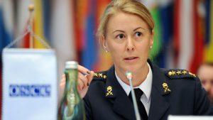 Kapten Anna Björsson, studerande vid Försvarshögskolans stabsutbildning, tidigare genderrådgivare åt Försvarsmaktens insatschef. Foto: Mickey Kroell/OSCE
