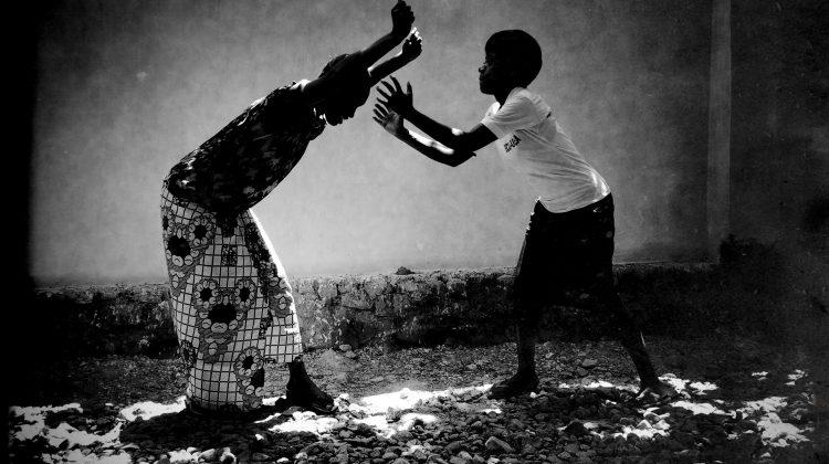 Förändrad mansroll kan minska våldet mot Kongos kvinnor