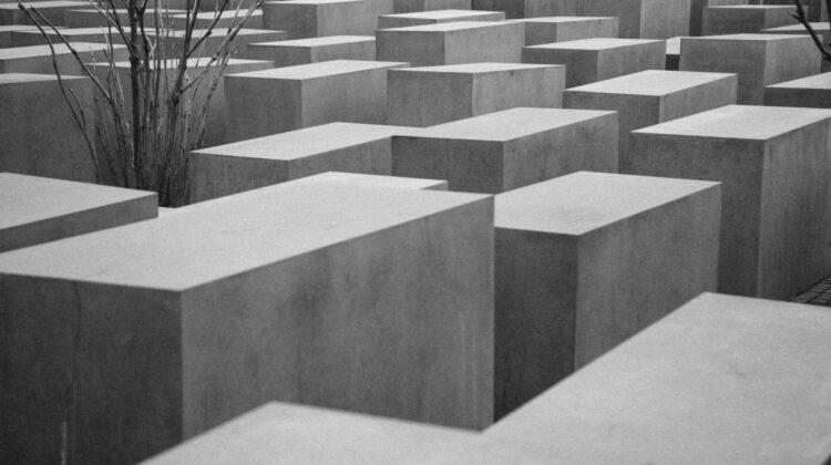 Förintelsekonferensens definition av antisemitism är ett hot mot yttrandefriheten